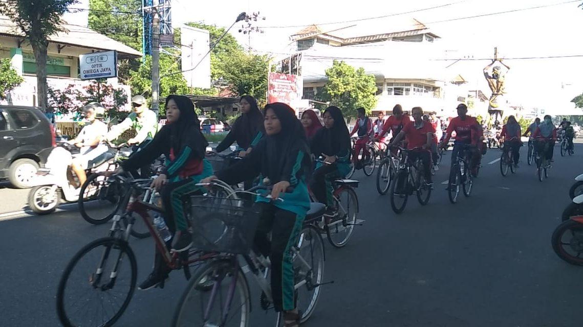 Sepeda Santai dalam Rangka HAB KEMENAG ke-7